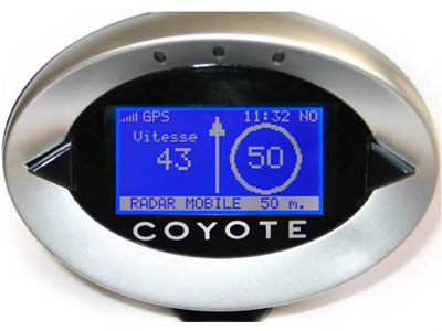 coyote classic avertisseur radar test prix navigateur gps radars l gal. Black Bedroom Furniture Sets. Home Design Ideas